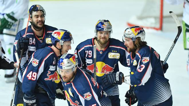 EHC Red Bull Muenchen v Augsburger Panther - DEL Play-Offs Semi Final Game 1 Der EHC Red Bull München kann in der Halbfinalserie gegen die Augsburger Panther alles klar machen