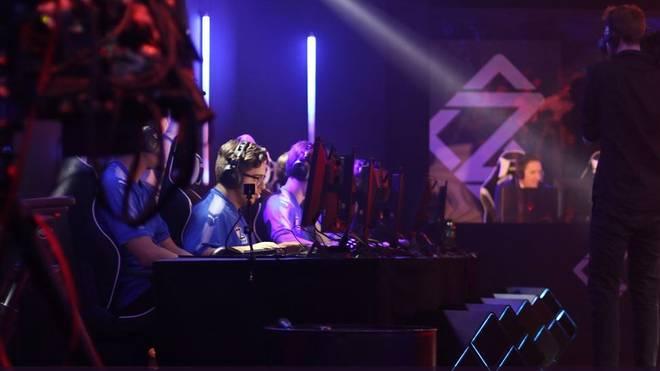 In der Casting-Show GamerZ messen sich junge eSports-Talente
