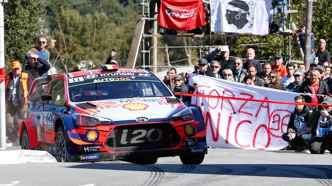 Thierry Neuville feierte auf Korsika einen dramatischen Sieg