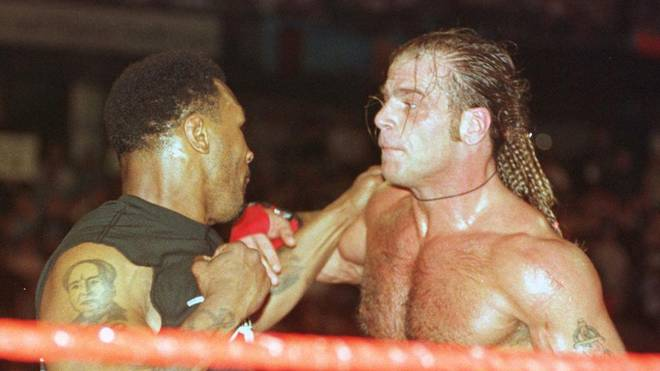 Mike Tyson schlug bei WrestleMania 14 Shawn Michaels nieder