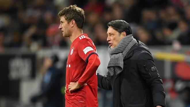 Niko Kovac glaubt, dass Thomas Müller (li) und seine Kollegen Jerome Boateng und Mats Hummels eine Trotzreaktion zeigen