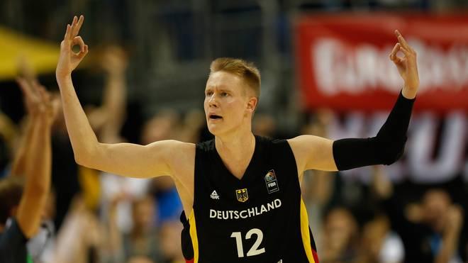 Robin Benzing kehrt nach zwei Jahren in die Basketball-Bundesliga zurück und wandelt auf den Spuren von Dirk Nowitzki