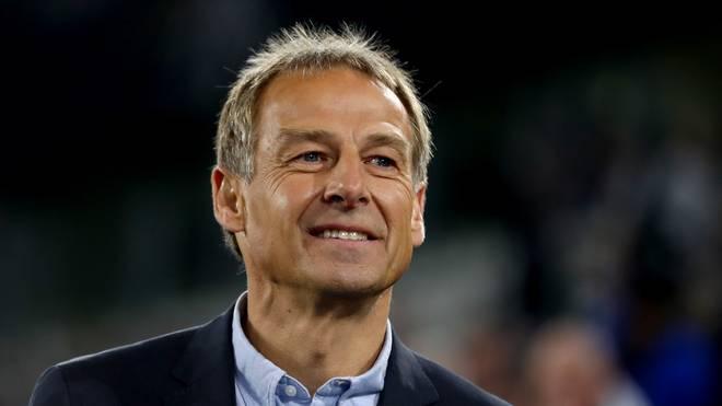 VfB Stuttgart: Jürgen Klinsmann kann sich offenbar Rückkehr vorstellen , Jürgen Klinsmann feierte mit dem VfB Stuttgart als Spieler große Erfolge