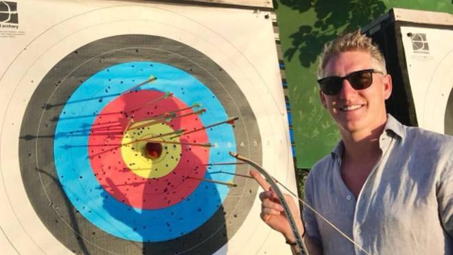 Bastian Schweinsteiger outet sich anlässlich der WM als Darts-Fan