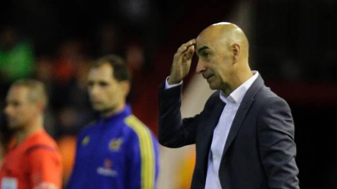 Pako Ayestaran hat seinen Vertrag beim FC Valencia verlängert