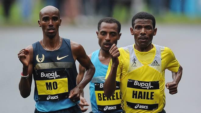 Haile Gebrselassie (r.) und Mo Farah erheben gegenseitig schwere Vorwürfe