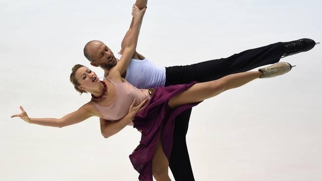 Nelli Zhiganshina and Alexander Gazsi beim Eiskunstlauf