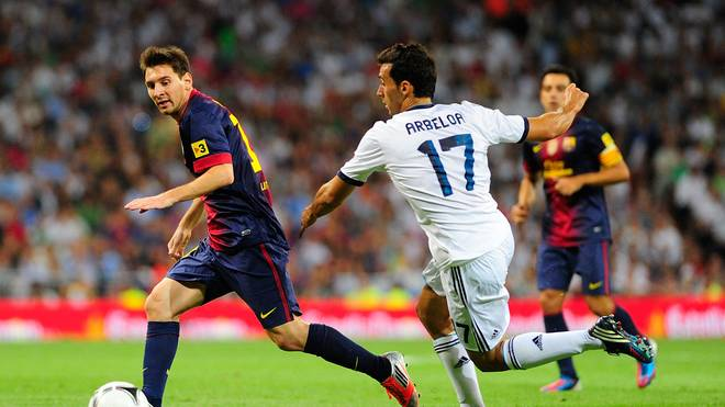 Real Madrid v Barcelona - Arbeloa, Messi