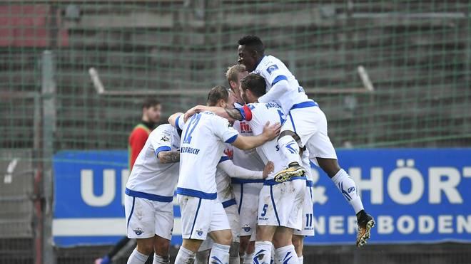 Der SC Paderborn beendet die Vorrunde der 3. Liga als Tabellenführer