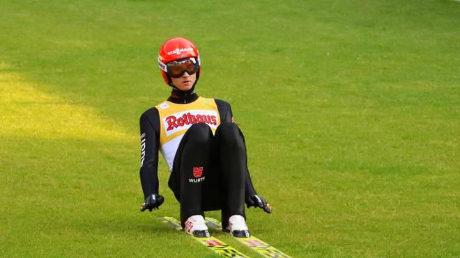 Skispringen: Karl Geiger Zweiter bei Sieg von Stoch in Hinterzarten