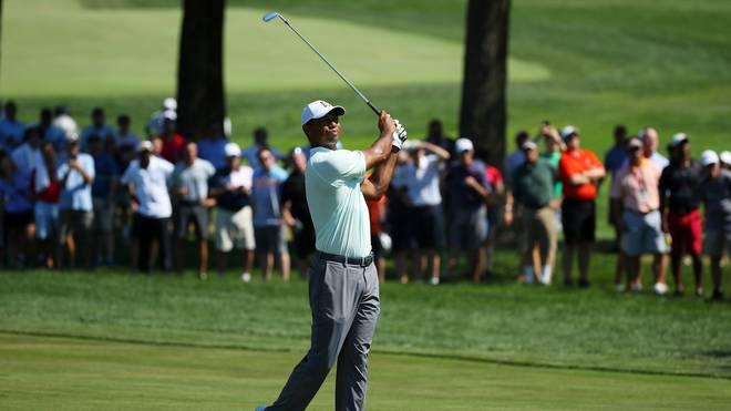 Tiger Woods spielte zum Auftakt in Newtown Square eine famose 62er-Runde