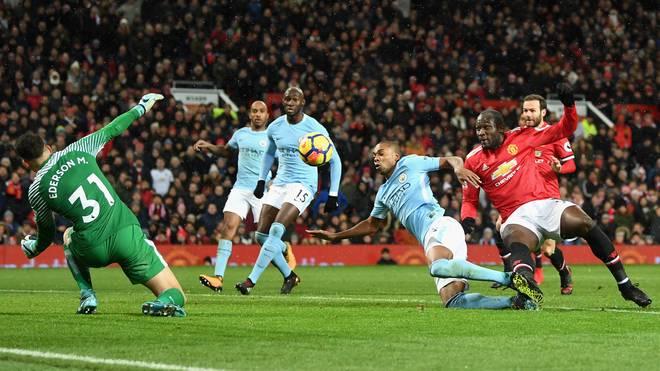 Romelu Lukaku verpasste in der Schlussphase den Ausgleich im Manchester-Derby