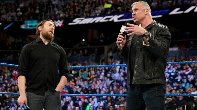 Shane McMahon (r.) sollte bei WWE WrestleMania 34 an der Seite von Daniel Bryan antreten
