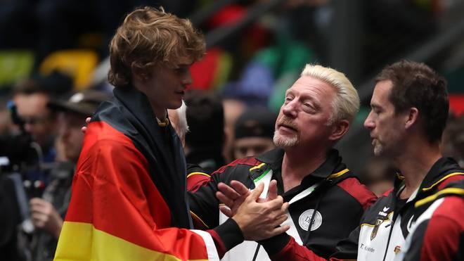 Alexander Zverev und Boris Becker feierten nach dem Triumph im Doppel