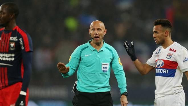 Die französischen Schiedsrichter bekommen ab der kommenden Saison Unterstützung