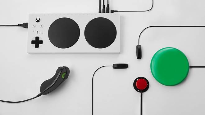 Der Xbox Adaptive Controller hilft Menschen mit Behinderung dabei in die Welt der Videospiele einzutauchen