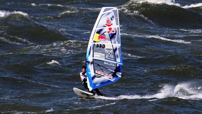 Philip Köster ist dreimaliger Weltmeister im Windsurfen