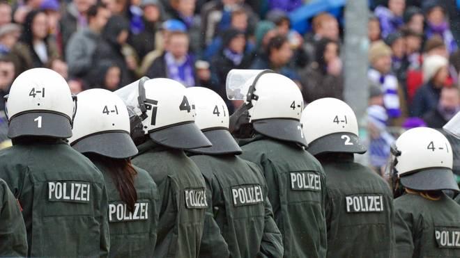 Preußen Muenster v VfL Osnabrueck - 3. Liga Polizei