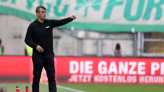 1. FC Kaiserslautern v SpVgg Greuther Fuerth - Second Bundesliga