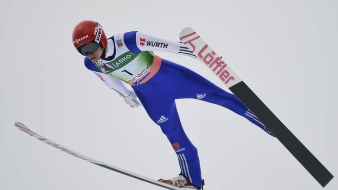 Karl Geiger sprang zu seinem ersten Einzelsieg im Weltcup