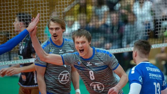 VfB Friedrichshafen siegt im Viertelfinale des DVV Pokals Friedrichshafen fliegt im Eiltempo in das Halbfinale des DVV Pokals