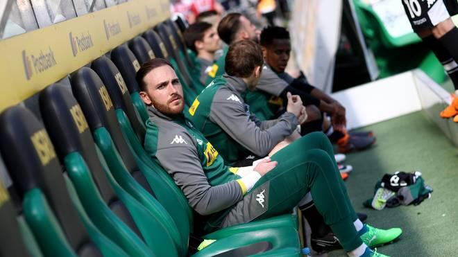 Auch auf der Bank von Borussia Mönchengladbach dürfen womöglich bald zwei Spieler mehr Platz nehmen