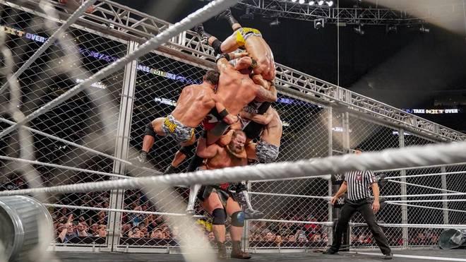 WWE-Wrestler Hanson riss bei dieser Aktion fünf Kämpferkollegen zu Boden
