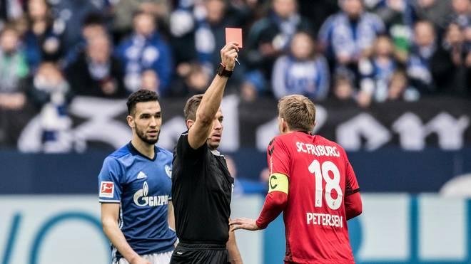Tobias Stieler leitete am 17. Februar 2012 mit der Partie Hoffenheim gegen Mainz sein erstes Bundesliga-Spiel