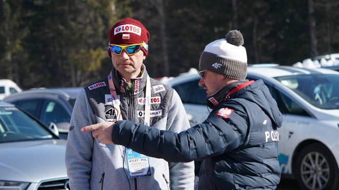 Stefan Horngacher (l.) und Adam Malysz betreuen gemeinsam die polnischen Skispringer