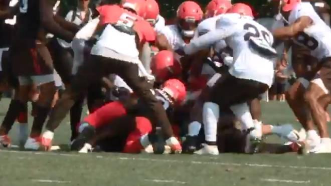 NFL: Schlägerei bei Cleveland Browns zwischen Landry und Mitchell