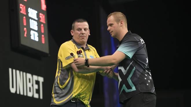 Max Hopp fand bei seiner Premiere beim World Grand Prix of Darts gegen Dave Chisnall nicht zu seinem Spiel