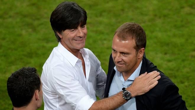 Joachim Löw über Hansi Flick als Assistent von Niko Kovac beim FC Bayern, Hansi Flick (rechts) und Joachim Löw (L) waren beim DFB ein starkes Team