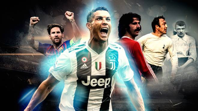 Cristiano Ronaldo (M.) hat gegen Genua einen neuen Meilenstein gesetzt