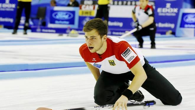 Deutschlands Skip Marc Muskatewitz schaffte mit den Curling-Herren den dritten Sieg im zehnten WM-Spiel