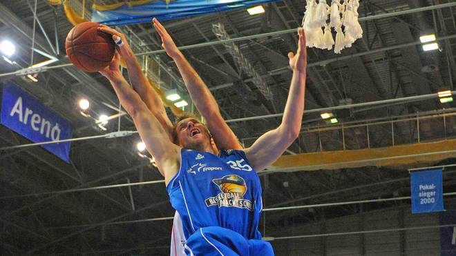 Jacob Burtschi, Frankfurt, Fraport Skyliners