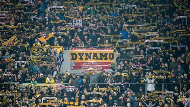 Fans von Dynamo Dresden randalierten beim Spiel beim FC St. Pauli