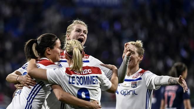 Olympique Lyon: Marozsan, Simon und Weiß gewinnen Titel in Frankreich , Die Frauen von Olympique Lyon stehen erneut als französischer Meister fest