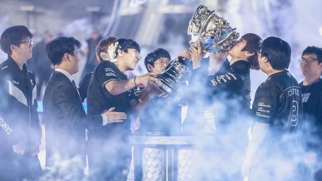 Team Samsung bekam für den Gewinn der Championship 2017 Meister-Ringe wie beim Super Bowl