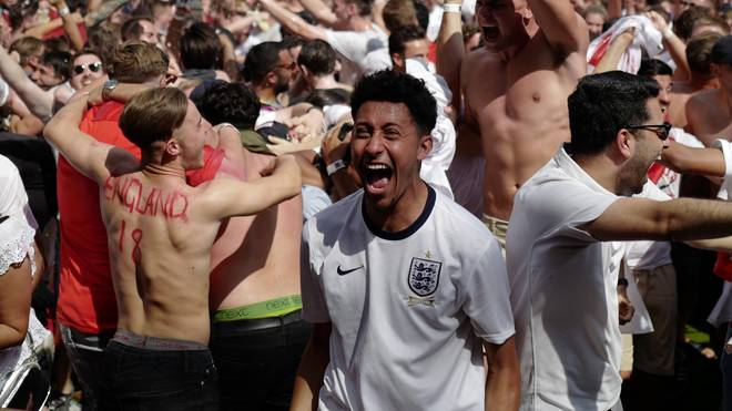 BRITAIN-FBL-WC-2018-SWE-ENG-FANS