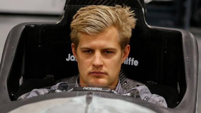 Marcus Ericsson (Foto: Sitzanpassung) hat seinen ersten IndyCar-Test hinter sich