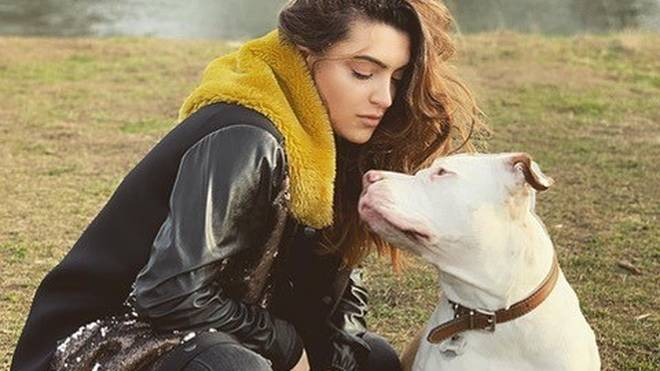 Valentina Maceri verbringt ihre Freizeit gerne mit ihrem Hund - einem XL Bully