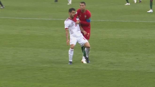 rote karte wm 2020 WM 2018: Cristiano Ronaldo entgeht Roter Karte trotz Tätlichkeit