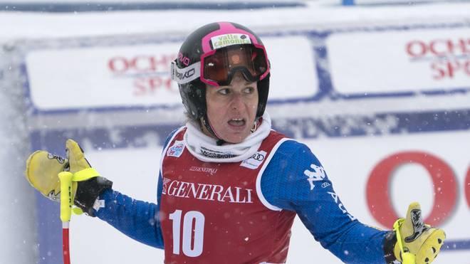 Elena Fanchini hält sich eine Fortsetzung ihrer Karriere doch offen