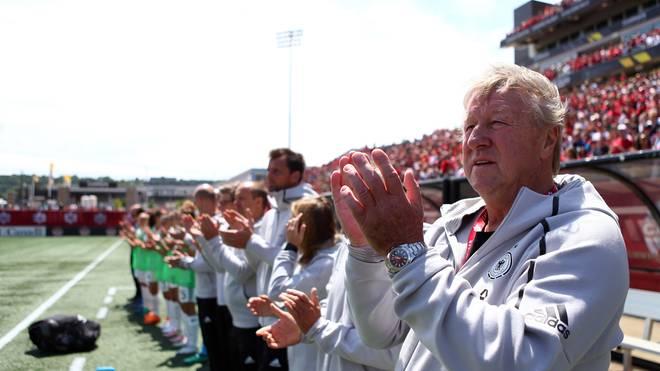 Horst Hrubesch bleibt vorerst Interims-Bundestrainer