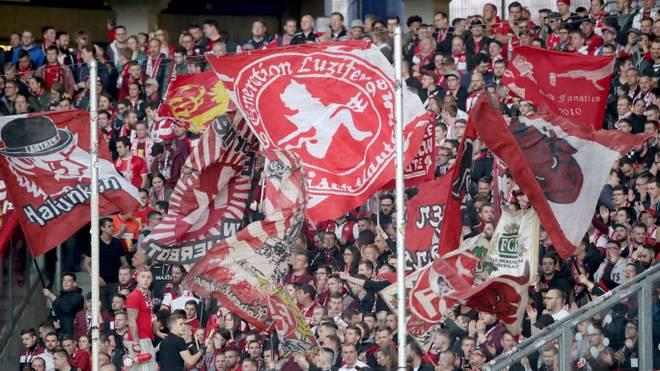 Kaiserslautern hat durch Fan-Unterstützung über drei Millionen Euro eingenommen