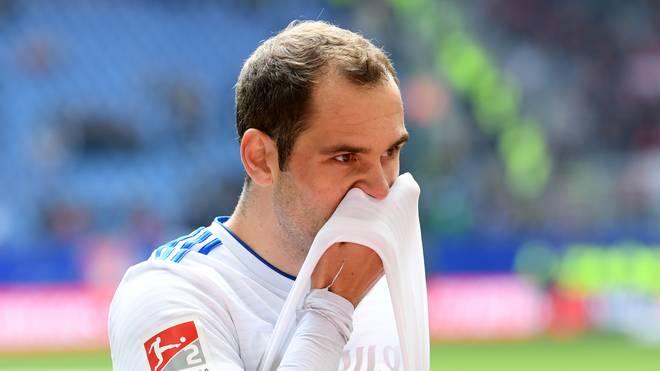Pierre-Michel Lasogga erlebte die Pleite des Hamburger SV gegen den FC Ingolstadt als Einwechselspieler