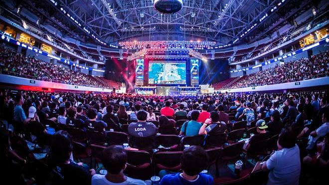 Wie bei der ESL ONE in Manila - Epic Games möchte Tausende Fans mit einem gigantischen Preisgeld in die unterschiedlichen eSports-Tempel locken