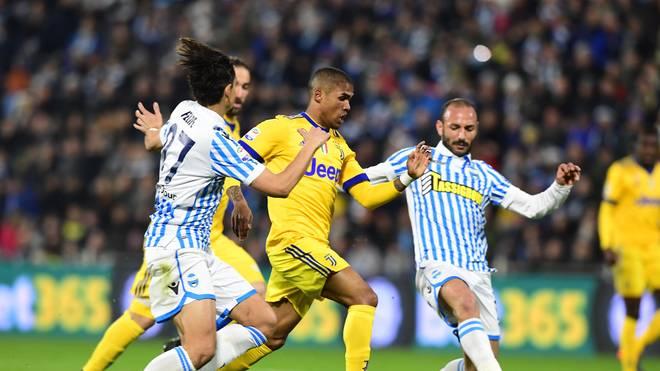 Douglas Costa und seine Teamkollegen von Juventus blieben bei Ferrara ohne Torerfolg