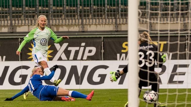 Pernille Harder machte zwei Tore für den VfL Wolfsburg gegen Prag