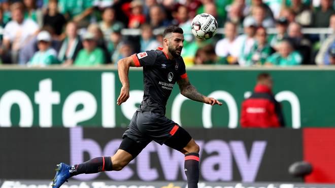 1. FC Nürnberg:  Mikael Ishak fällt mit Knieverletzung aus, Mikael Ishak spielt im Mittelfeld bei Aufsteiger Nürnberg
